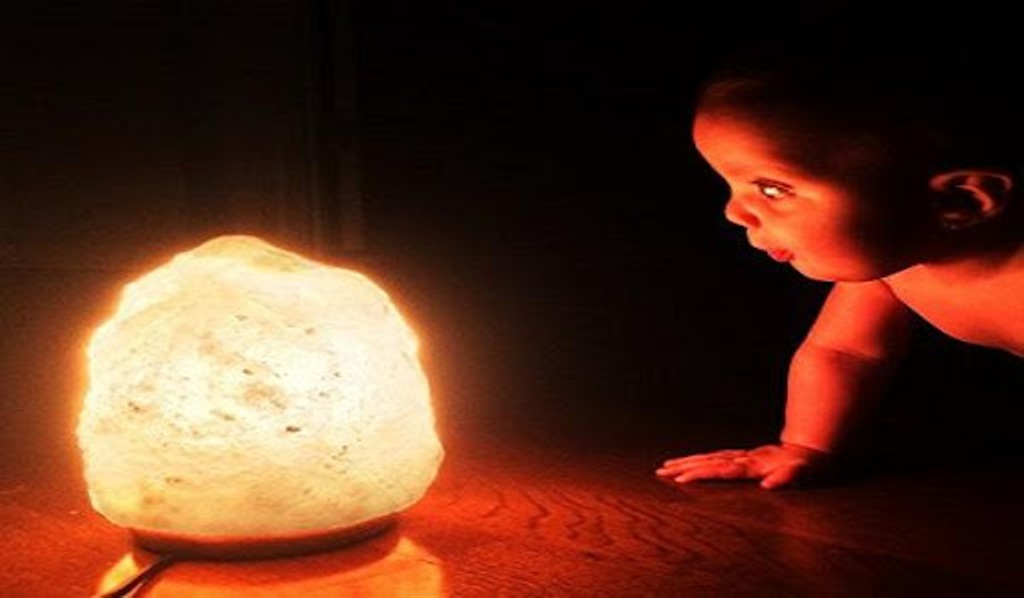 Benefits of Salt Lamps to Kids