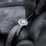 Top 5 Tips To Complement Your Wedding With Custom Jewelry
