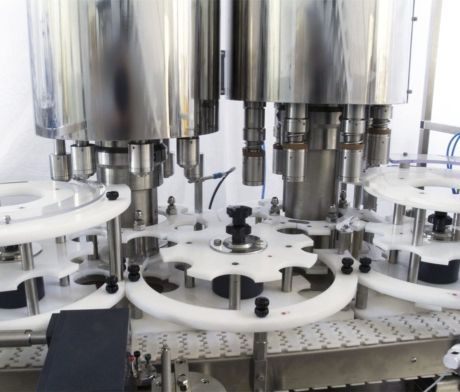 Rotary filler and capper / continuous-motion / automatic / bottle